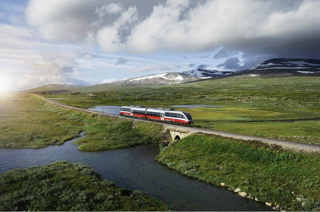 Scenic Rail Journeys in Norway by Oivind Haug, NSB