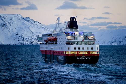 Christmas Cruise Norway by Marcel Noecker, Hurtigruten