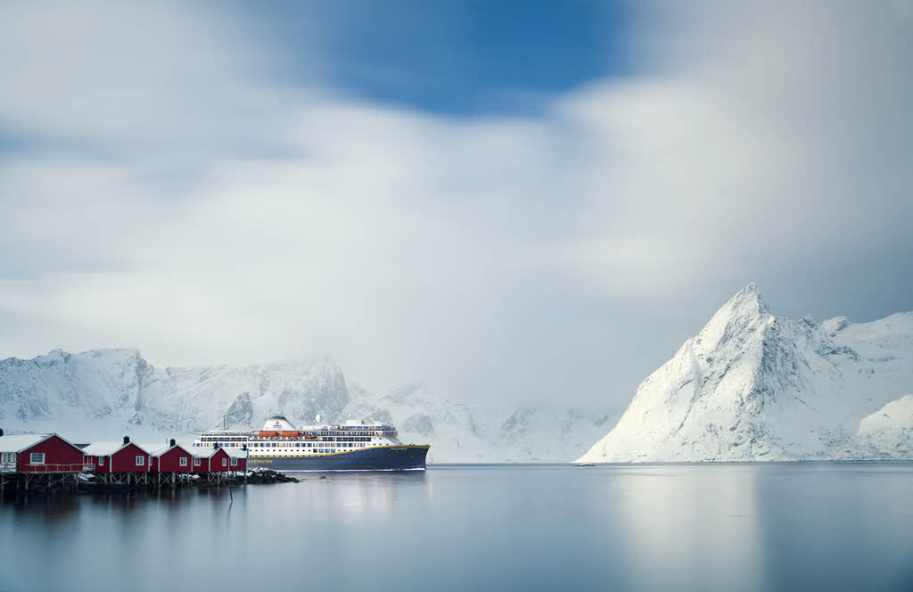 Sustainable Christmas cruise in Norway by Havila Voyages